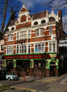 Great_Northern_Railway_Tavern,_Hornsey_High_Street_-_geograph.org.uk_-_354363